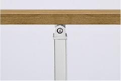 笠木=チェリーウッド、角柱=ナチュラルシルバーF