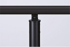 笠木=ブラック、丸柱=ブラック