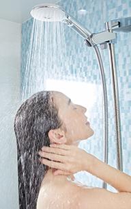 髪や肌へのダメージを抑え、健やかに保つ「うるつや浄水」