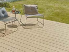 LIXIL共通の木目色「クリエカラー」で、空間をつなげ、一体感を生むコーディネートを実現します。