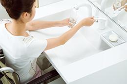 ゆったりワイドに使える洗面器