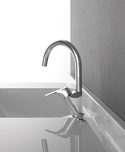 使いやすくスマートなデザインの水栓