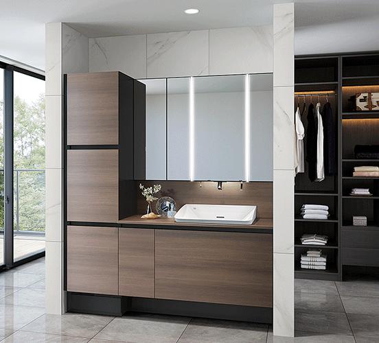 クローゼットと隣り合わせた収納たっぷりのすっきり空間。