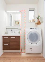 洗濯機横のデッドスペースを有効活用