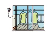 物干しスペースの窓