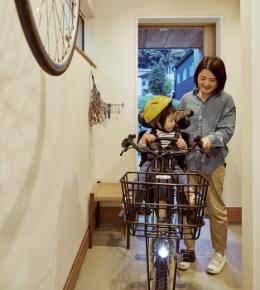 電動自転車もスイスイ!