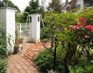 家と合わせて庭もリフォーム。の写真