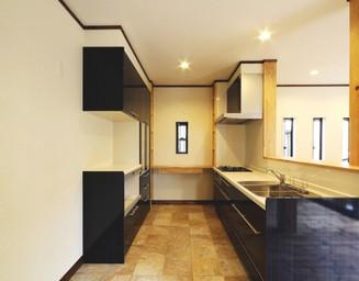収納力のキッチン。の写真