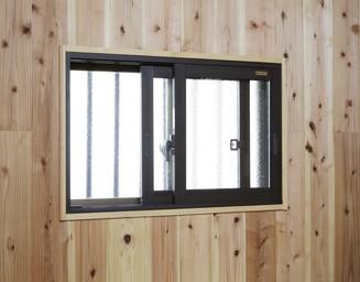 冷え込む空間を、内窓で手軽に暖かく。の写真
