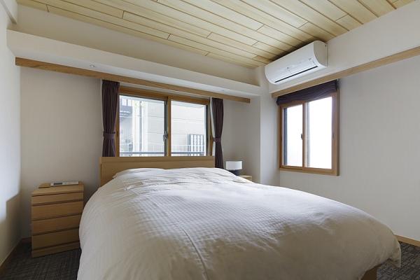 マンションの窓は、内窓で断熱・遮音性を強化。の写真
