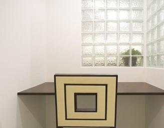 ガラスブロックで明るさを確保。の写真