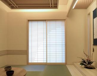柔らかく趣きのある和室です。の写真
