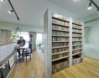 趣味スペースにはCD。の写真