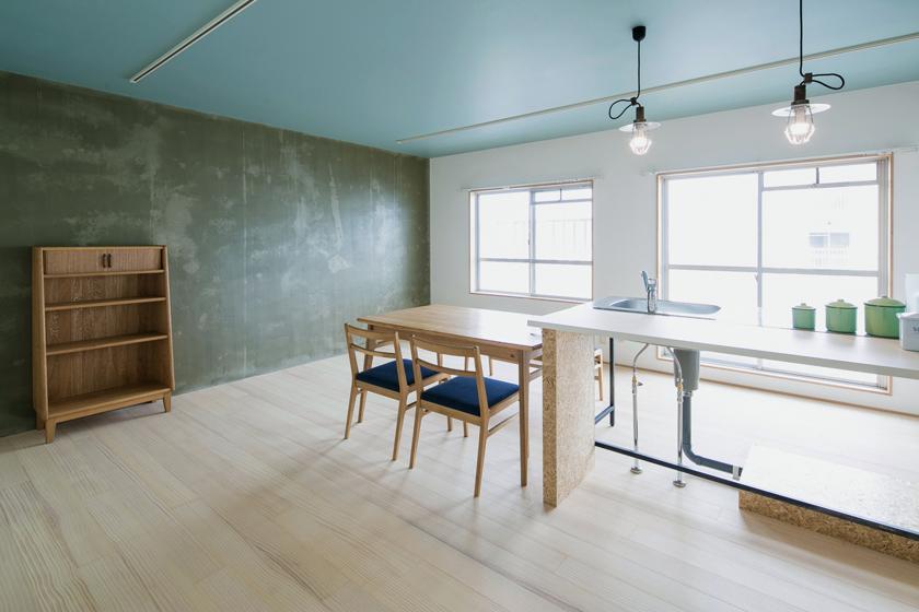 床、壁、天井、それぞれ素材の持ち味が生きています。の写真