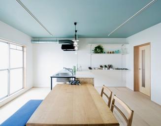 キッチンはシンプルに。の写真
