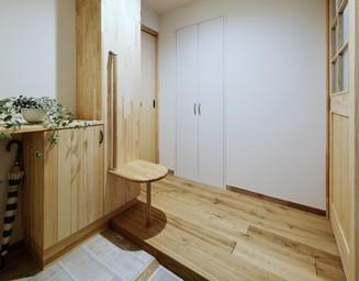 車椅子が置ける玄関ホール。の写真