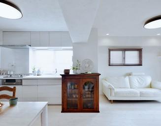 アンティーク家具との相性も抜群です。の写真