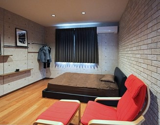 オリジナリティあふれる、おしゃれな寝室。の写真