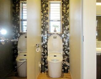 トイレもゴージャスに。の写真