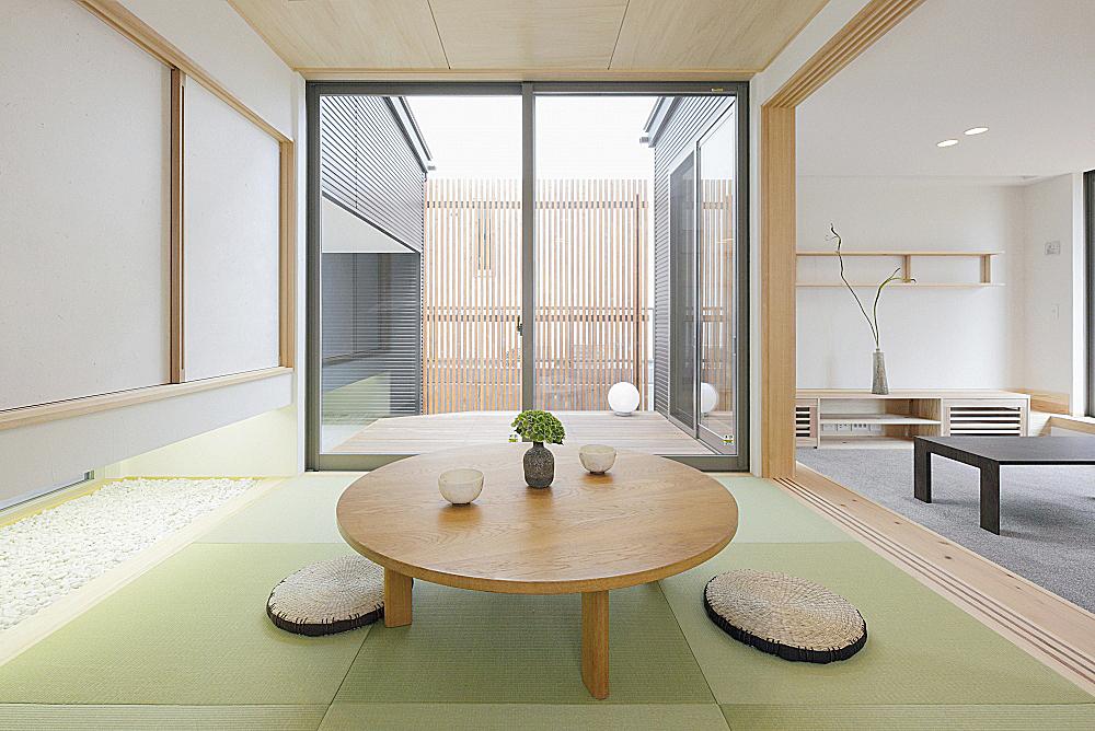 和室と坪庭。の写真