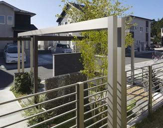 プラスGで現代建築風な空間に。の写真